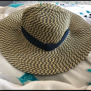 Do Everything In Love Straw Hat